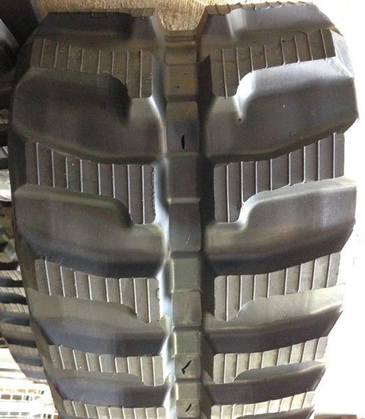 Boxer 532DX rubber track